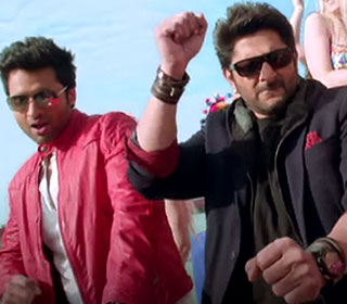 Jackky Bhagnani and Arshad Warsi in a 'Boat Ma Kukdookoo' song still from movie 'Welcome To Karachi'