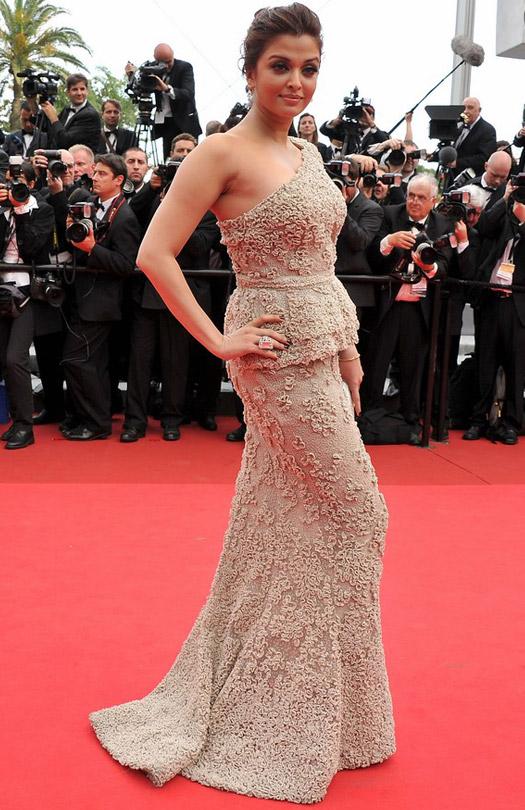 Aishwarya Rai At Cannes Film Festival 2011
