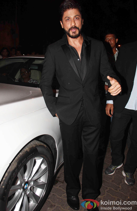 Shah Rukh Khan at the party hosted by Deepika padukone for the succes of movie Piku