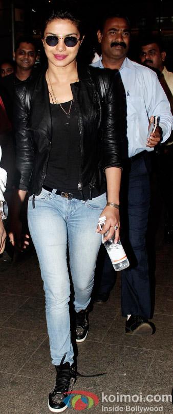 Priyanka Chopra Snapped At International Airport