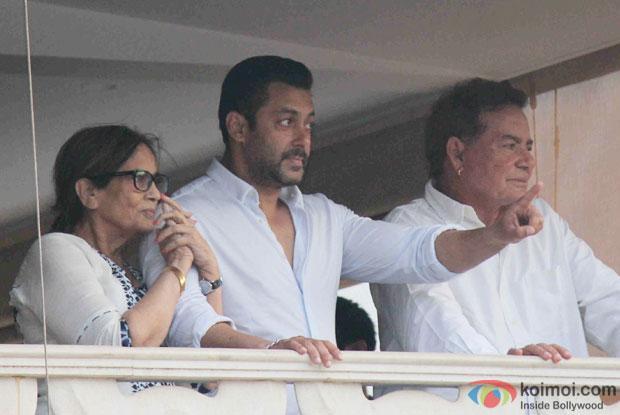 Salman Khan With Parents( Sushila and Salim Khan) at his residence