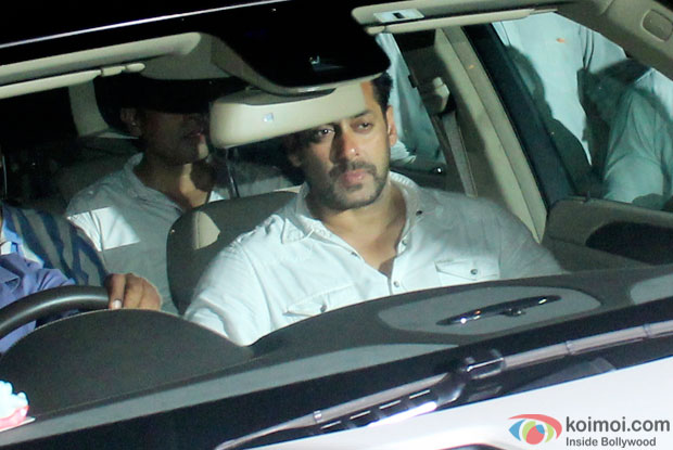 Salman Khan returns home on bail