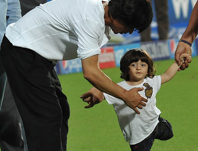 Gauri Khan And Shah Rukh Khan Kids - Suhana, Aryan and AbRam
