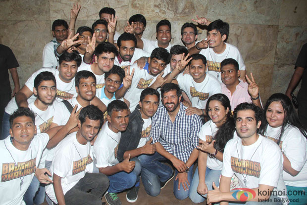 Kabir Khan during the trailor launch of Bajrangi Bhaijaan with Salman Khan fans