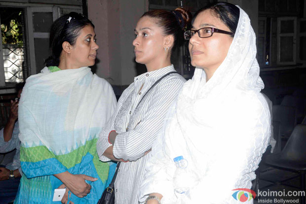 Kamalika Guha Thakurta and Shilpa Sakhlani Attend Kyunki Saas Bhi Kabhi Bahu Thi's Baa aka Sudha Shivpuri's Funeral