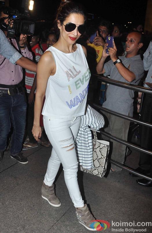 Malaika Arora Khan leave for IIFA 2015