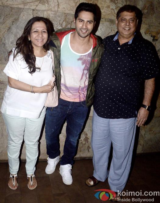 Karuna Dhawan, Varun Dhawan and David Dhawan Snapped At Dil Dhadakne Do Special Screening