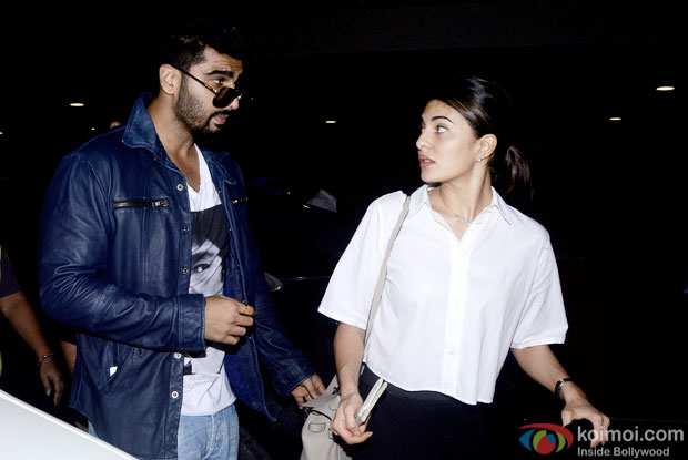 Snapped At Airport : Arjun Kapoor and Jacqueline Fernandez