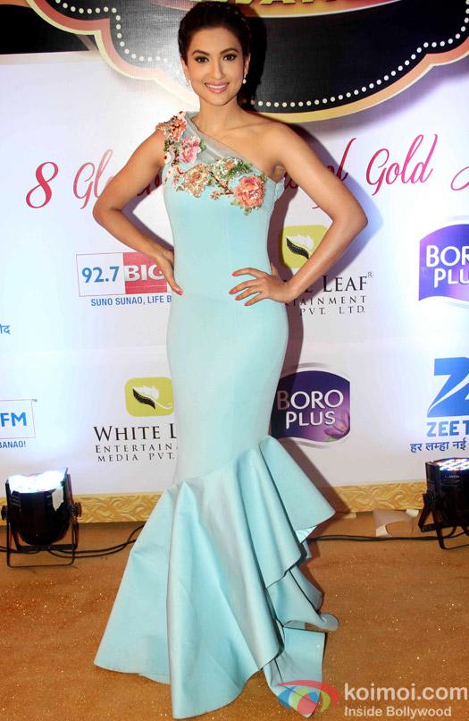 Gauahar Khan At Zee Gold Awards 2015 Red Carpet