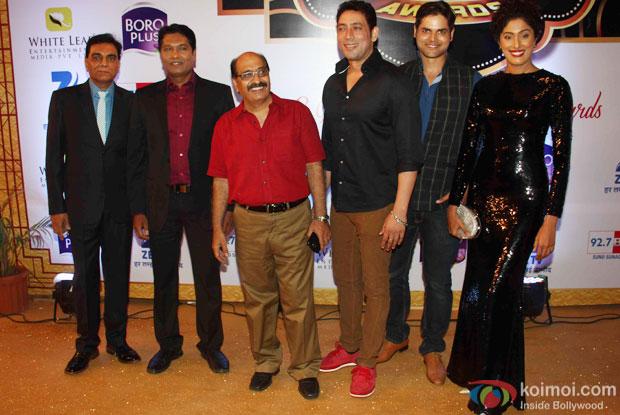 Sony TV's CID Star Cast At Zee Gold Awards 2015 Red Carpet