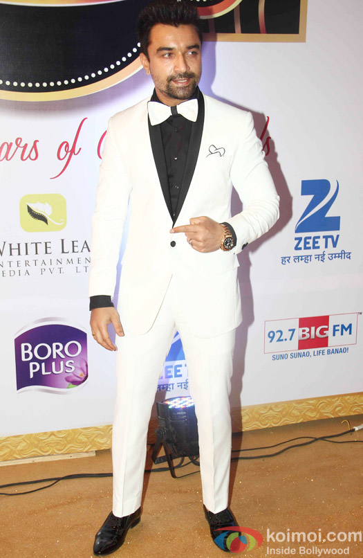 Ajaz Khan At Zee Gold Awards 2015 Red Carpet