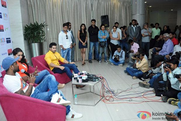 Pics : Remo D'Souza, Shraddha Kapoor and Varun Dhawan At ABCD 2 Promotions In Ahmedabad