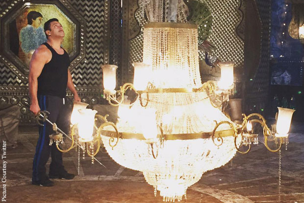 Salman Khan in a still from movie 'Prem Ratan Dhan Payo'
