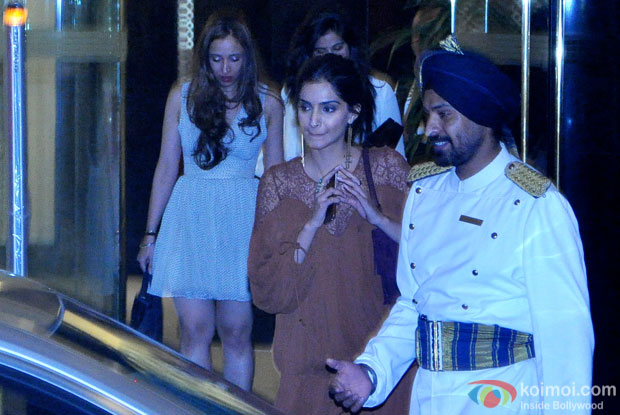 Sonam Kapoor Snapped At Arjun Kapoor's Birthday Bash