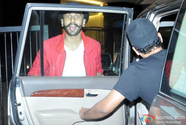 Ranveer Singh Snapped At Arjun Kapoor's Birthday Bash