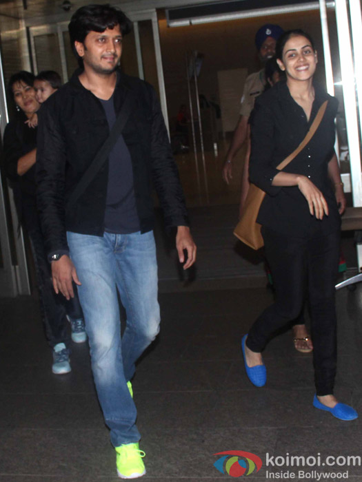 Snapped At International Airport: Riteish Dehmukh with wife Genelia Dsouza and son Riaan