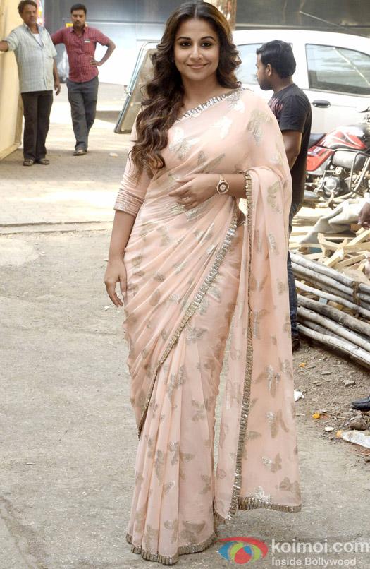 Snapped : Vidya Balan Promotes 'Hamari Adhuri Kahani' On The Sets Of 'Itna Karo Na Mujhe Pyar'
