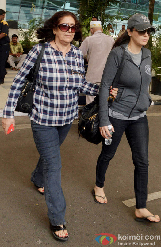 Preity Zinta snapped at airport