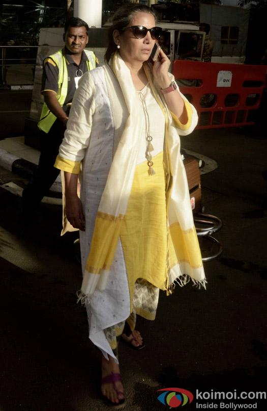 Spotted : Shabana Azmi At Mumbai Airport