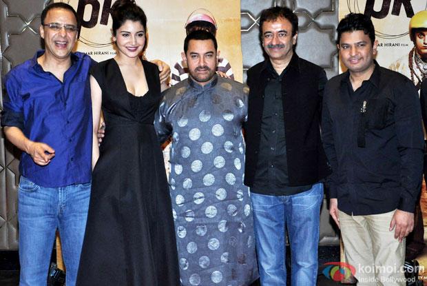 Vidhu Vinod Chopra, Anushka Sharma,  Aamir Khan, Rajkumar Hirani and Bhushan Kumar during the success party of movie 'PK'