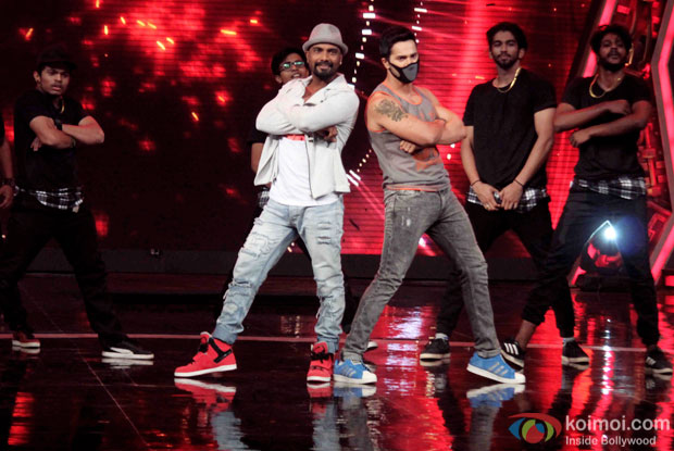Remo D'Souza and Varun Dhawan during the promotion of 'ABCD 2' on the sets of India's Got Talent