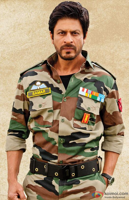 Shah Rukh Khan in a beard look still from movie 'Jab Tak Hai Jaan (2012)'