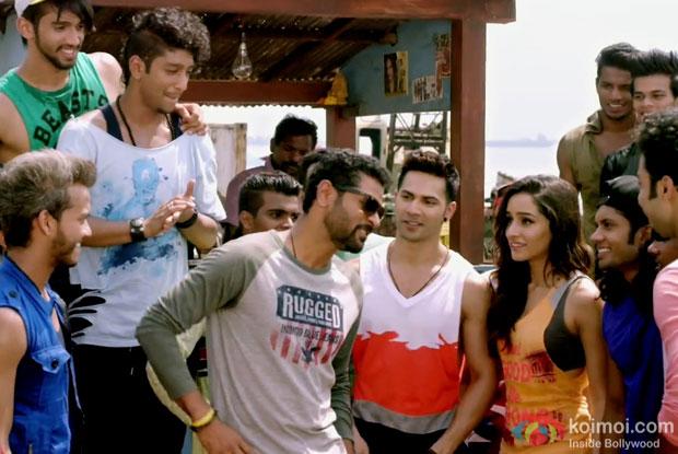 Prabhu Dheva, Varun Dhawan and Shraddha Kapoor in a still from movie 'ABCD 2'