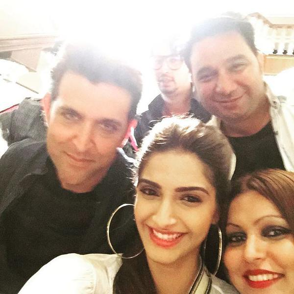Hrithik, Sonam And Their Selfie