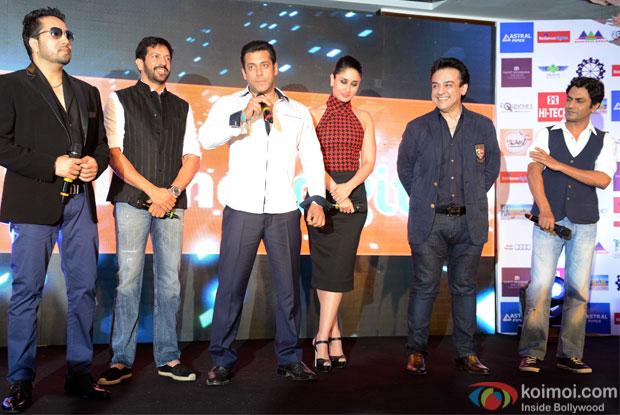 Mika Singh, Kabir Khan, Salman Khan, Kareena Kapoor, Adnan Sami and Nawazuddin Siddiqui during the promotion of movie Bajrangi Bhaijaan