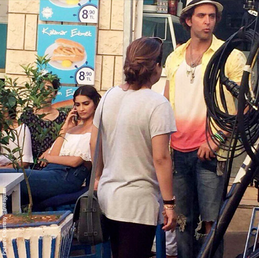 Sonam Kapoor and Hrithik Roshan on the sets of Dheere Dheere Se song