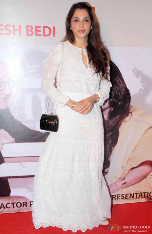 Isha Koppikar At Anupam Kher's Play 'Mera Woh Matlab Nahi Tha...'