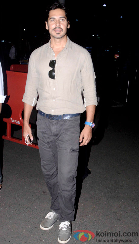 Dino Morea Snapped At Domestic Airport