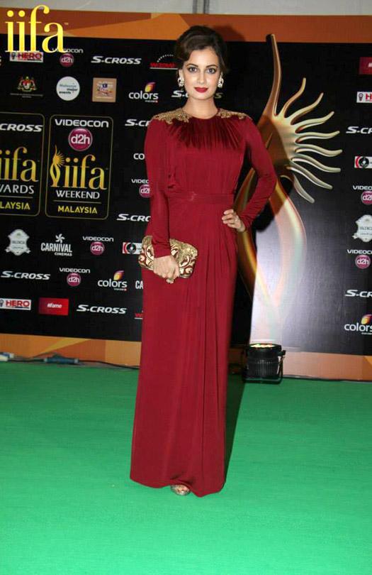 Diya Mirza at IIFA 2015 Green Carpet