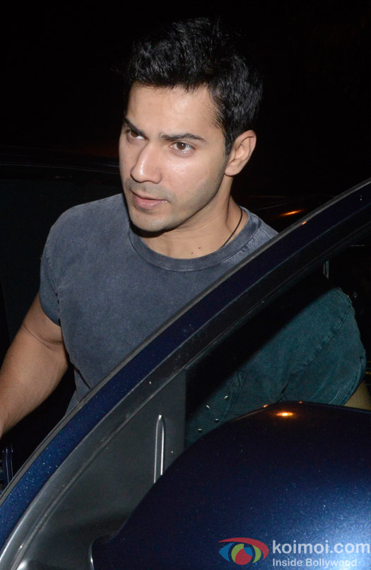 Paparazzi Pictures- Varun Dhawan Spotted