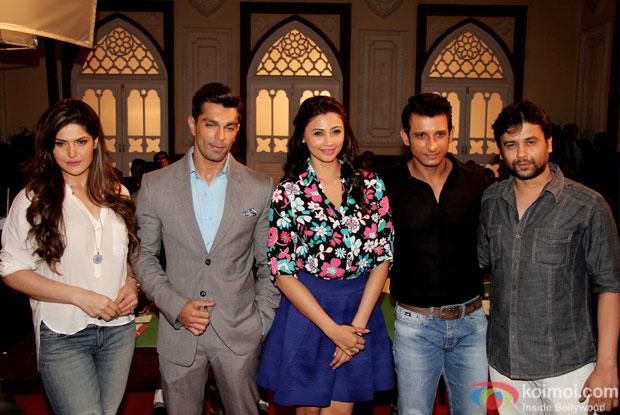Zarine Khan,  Karan Singh Grover, Daisy Shah, Sharman Joshi and Vishal Pan on the sets of movie Hate story 3