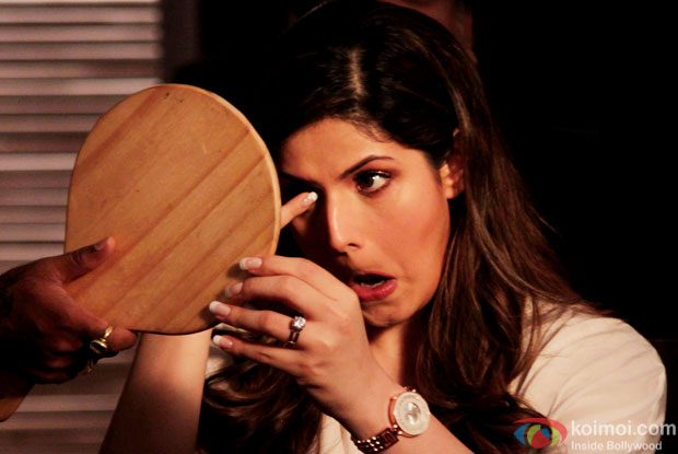 Zarine Khan on the sets of movie Hate story 3