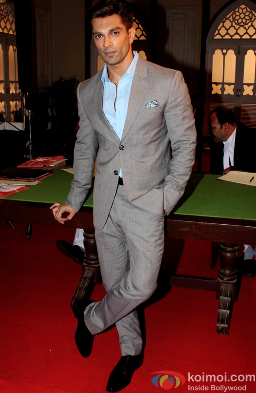 Karan Singh Grover on the sets of movie Hate story 3