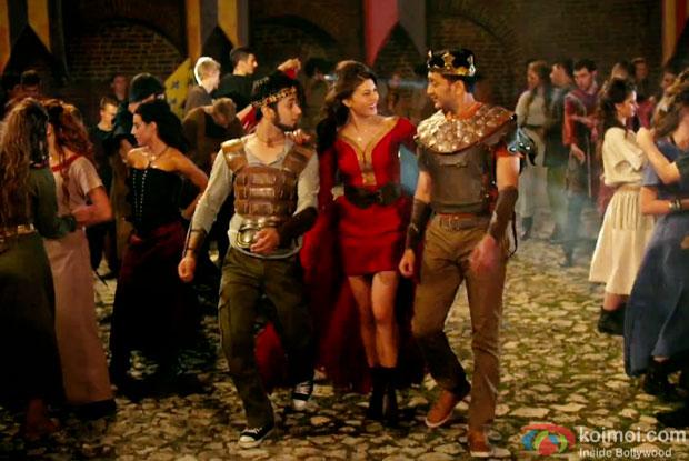 Pulkit Samrat, Jacqueline Fernandez and Riteish Deshmukh in a still from movie 'Bangistan'