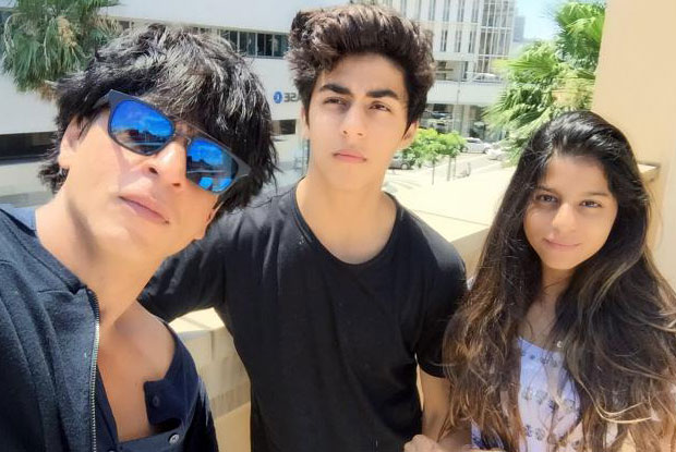 Selfies in Los Angles: Shah Rukh Khan with his kids Aryan Khan and Shugana Khan