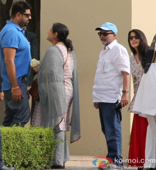 Supriya Pathak & Pankaj Kapur arrived at the Venue for Grand Wedding