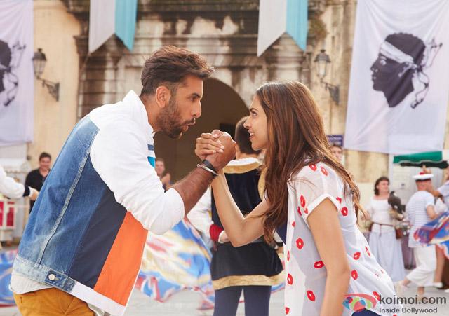 Ranbir Kapoor and Deepika Padukone in Tamasha Movie Stills Pic 7