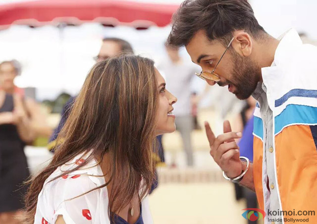 Deepika Padukone and Ranbir Kapoor in Tamasha Movie Stills Pic 3