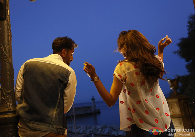 Ranbir Kapoor and Deepika Padukone in Tamasha Movie Stills Pic 4