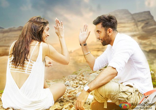 Deepika Padukone and Ranbir Kapoor in Tamasha Movie Stills Pic 2