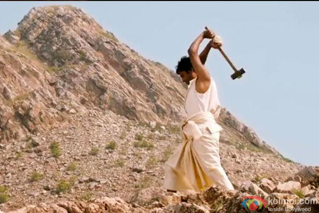 Manjhi - The Mountain Man - 1st Monday Box Office Collections | Koimoi