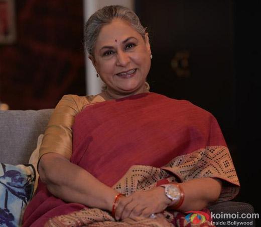 Jaya Bachchan on the sets of movie 'Ki And Ka'