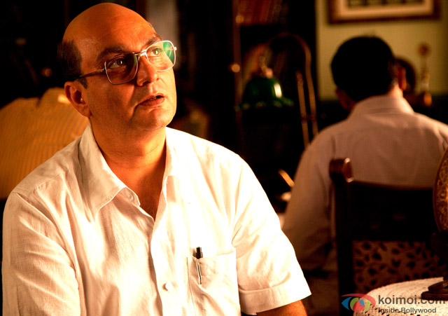 Vinay Pathak in 'Gour Hari Dastaan - The Freedom File' Movie Stills Pic 2