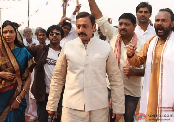 Gulshan Grover in 'Kaun Kitney Paani Mein' Movie Stills Pic 1