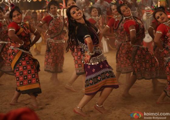 Radhika Apte in 'Kaun Kitney Paani Mein' Movie Stills Pic 1