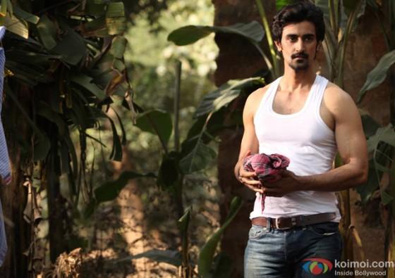 Kunal Kapoor in 'Kaun Kitney Paani Mein' Movie Stills Pic 1
